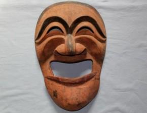 李朝の木彫古面(3)李朝時代後期 笑面 吊り顎