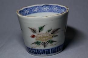古伊万里色輪花形絵栗散葉文蕎麦猪口(98) 江戸時代中期