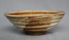上野焼白釉平茶碗  江戸時代