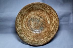 古八代焼白象嵌茶碗   江戸時代前期