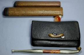 革製煙草入れ.竹製煙管入れ.銀製煙管     東山銘  明治時代