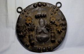 懸仏 1(大日如来坐像)   室町~桃山時代   木製円板