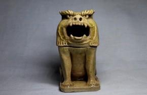 黄瀬戸獅子形香炉   幕末~明治時代