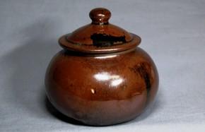 九州系飴釉蓋付小壺   明治時代