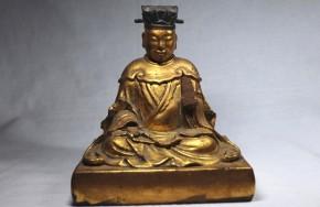 木彫漆箔孔子坐像   江戸時代中期