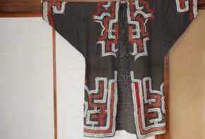 アイヌの衣裳(ルウンペ)(1)   江戸時代後期