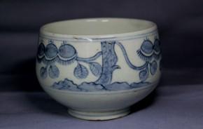 李朝分院手染付栗絵茶碗   李朝時代後期