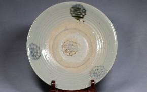 東南アジアの蒟蒻印判皿(1)  17世紀   陶器製