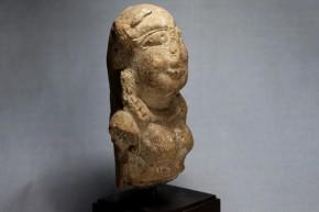 原始女性神像(土偶) 紀元前後  中東.シリア? 台座付