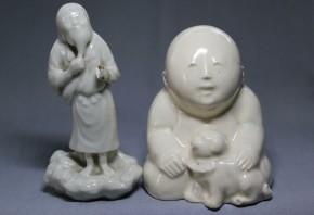 磁器製の童子犬人形ほか 2体  19~20世紀