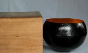 金箔貼り黒漆塗り鉄鉢菓子器 江戸時代