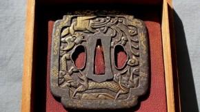 鍔(66)鉄地龍鳳凰図金象嵌南蛮鍔 江戸時代