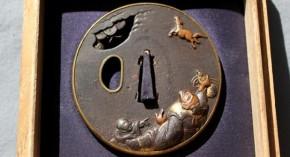 鍔(67)鉄地高肉彫り金銀色絵瓢箪駒図鍔 江戸時代