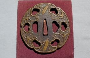 鍔(94)鉄地透平安城象嵌太刀鍔 江戸時代