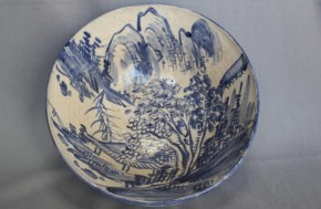 清水六兵衛作「陶器染付山水図」深鉢 明治時代