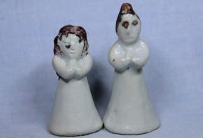 李朝白磁鉄釉明器人形(2) 1対  李朝時代初期