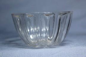 江戸型吹きガラス酒盃   江戸時代後期