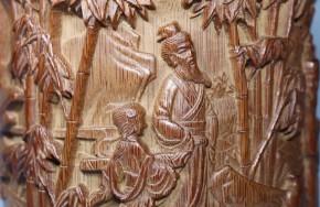 中国製紫檀・竹製陽刻梅竹人物図筆筒   清朝時代