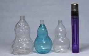 ガラス製ニッキ水入れ瓢箪形小瓶(2)  3本   明治~大正時代