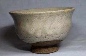 李朝熊川形斑釉撥高台茶碗   李朝時代前期