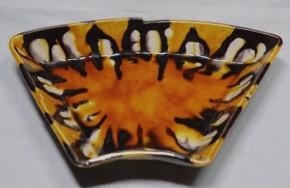 薩摩平佐三彩鼈甲手扇形小皿   江戸時代後期
