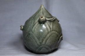 高麗青磁蓮蕾形大水滴   12世紀末~13世紀