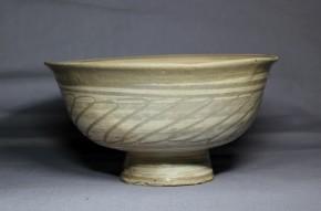 彫三島刷毛目羽衣文茶碗(1-1)   李朝時代初期