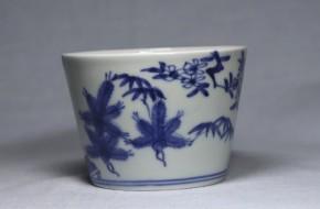 古伊万里松梅竹文大振蕎麦猪口(273) 藍柿右衛門手  江戸時代中期  本物保証