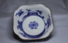 藍柿右衛門牡丹桔梗果実図方形小鉢   江戸時代中期   本物保証