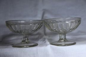 プレス成型透明氷コップ(1)  2個   大正時代
