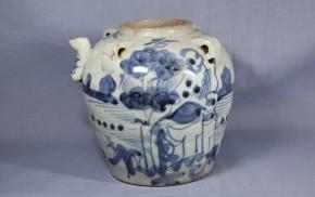 中国染付四耳付注口壺   明朝時代
