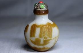 ガラス製鼻煙壺   清朝時代