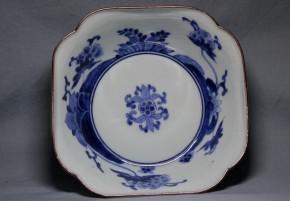藍柿右衛門牡丹桔梗果実図小鉢   江戸時代中期  本物保証       盛期