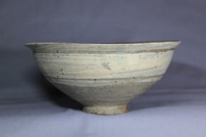 李朝鶏龍山刷毛目三島茶碗             李朝時代前期