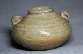 古美濃灰釉水滴(48)   南北朝時代