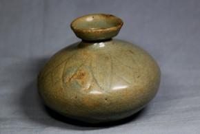 高麗青磁連弁文油壺(2)  高麗末期~李朝時代初期