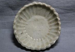 初期伊万里菊型豆皿(2)  江戸時代初期  伝世品