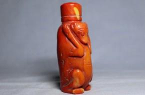 チベット赤珊瑚鼻煙壺(1-1)   清朝時代
