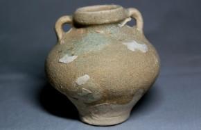 無地安南双耳小壺(ベトナム) 17世紀