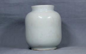 李朝分院白磁薬瓶(3)   李朝時代後期