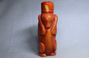 チベット赤珊瑚鼻煙壺(1)   清朝時代