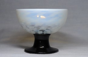 乳白暈し市松文碗形氷コップ   大正~昭和時代  本物保証