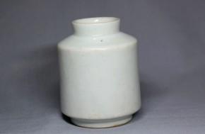 李朝分院白磁薬瓶(2)   李朝時代後期