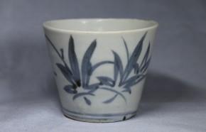 初期手上げ底枝楓葉文蕎麦猪口(268)   江戸時代中期