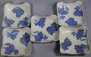 藍柿右衛門折菊文角切鉢(1) 5個   江戸時代中期