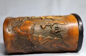 中国竹製陽刻松古木人物図筆筒