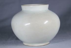 李朝分院白磁小壺   李朝時代後期