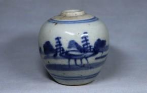 中国染付山水図壺(4)   明時代