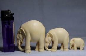 象牙製象の置物   3頭