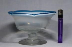 縁青乳白暈し五弁輪花形氷コップ(2)   明治~大正時代  本物保証